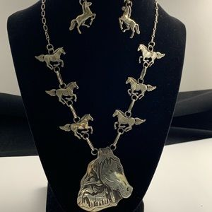 Unique Horse Earrings & Necklace Set